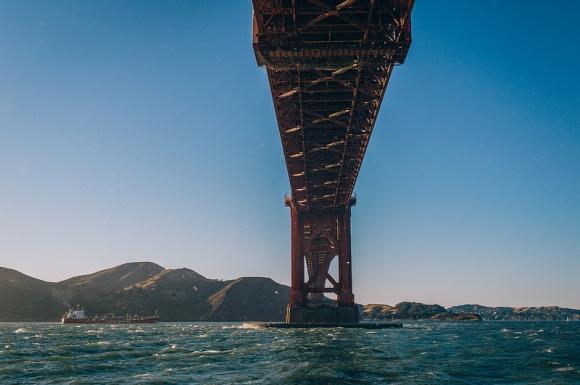 b-Under the Golden Gate Bridge