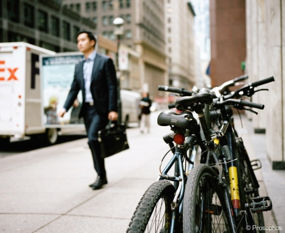 bikes-and-pedestrian-prosophos-test-shot-mamiya-7
